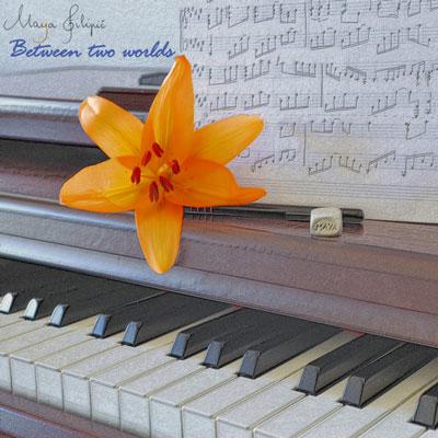 پیانو زیبای مایا فیلیپیک در آلبوم بین دو جهان