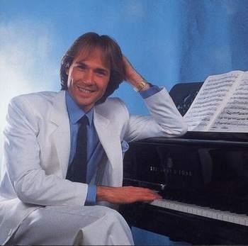 پیانویی زیبا از Richard Clayderman